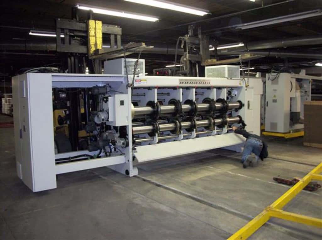 Rigging moving corrugated machine