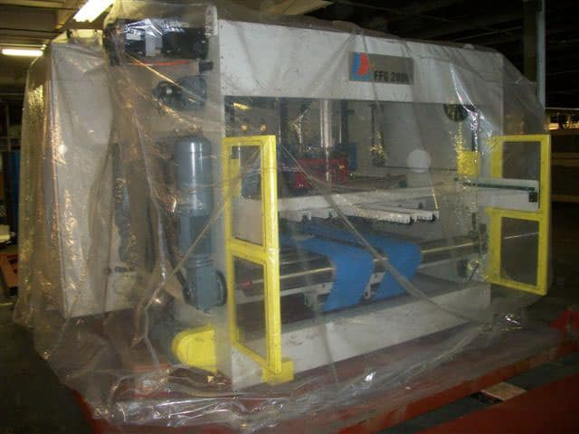 Rigging moving corrugated machine